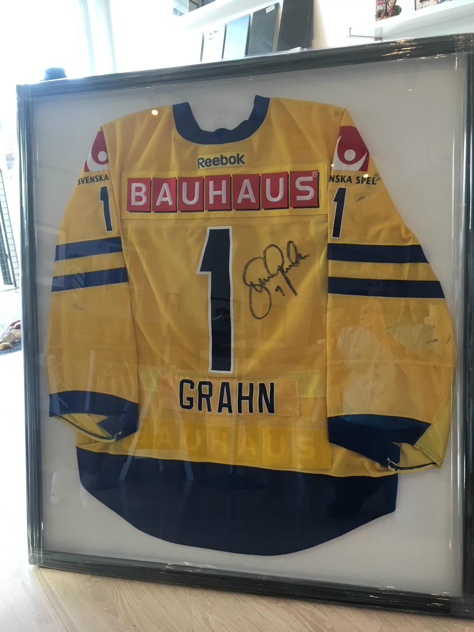 Sara Grahns Landslagströja signerad