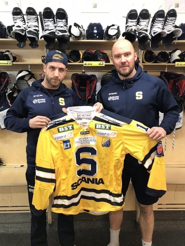 Södertälje SSK matchtröja Signerad