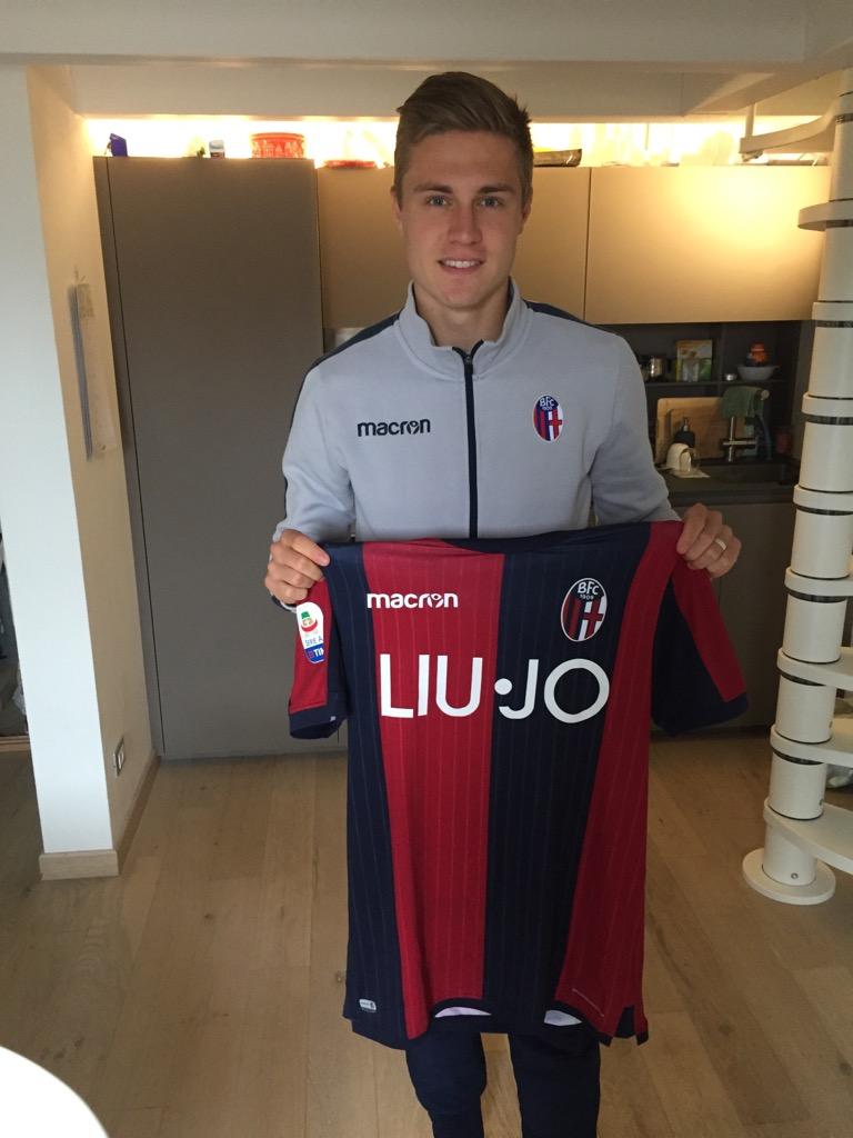 Signerad matchtröja från Mattias Svanberg (Bologna Italien Serie A)